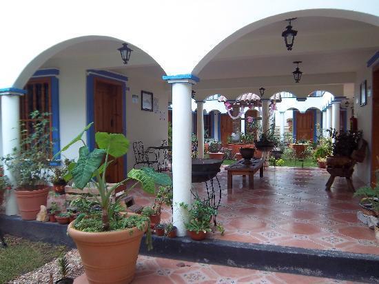 Hotel Rincon de Cuca : patio
