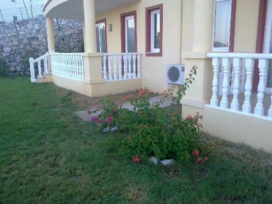 Lakeside Garden Holiday Village : Appartment