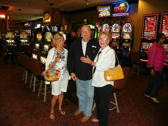IP Casino Resort Spa - Biloxi: CHRIS , TOM AND GLORIA