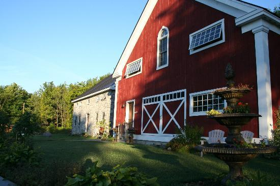 The Inn At Grace Farm B&B: Morning photo