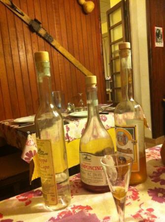 Albergo Regina Restaurant: interno con liquori