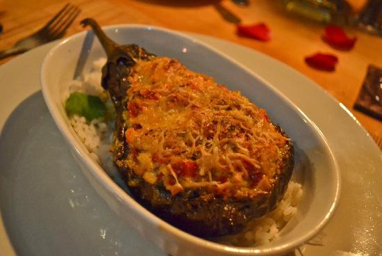 Laguna Lodge Eco-Resort & Nature Reserve: Delicious stuffed eggplant served in the restaurant