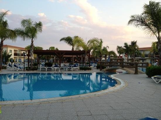 Tsokkos Paradise Village: bästa poolen<3