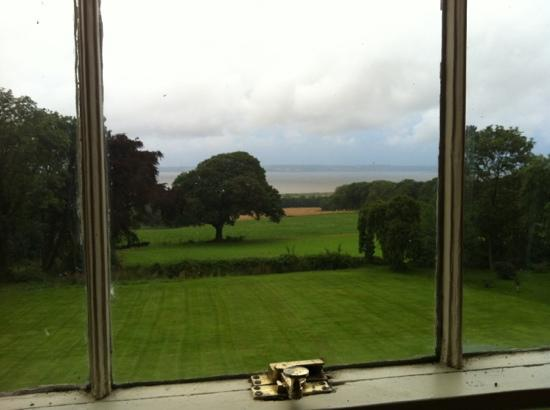 Stokyn Hall Bed & Breakfast: north window