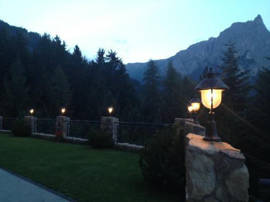 Hotel Plunger: Il giardino
