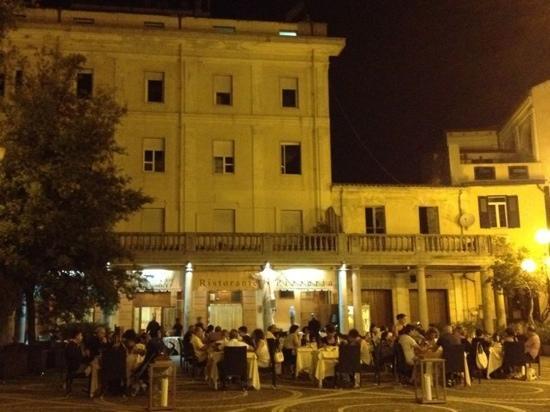 Su Nugoresu: piazza San Giovanni