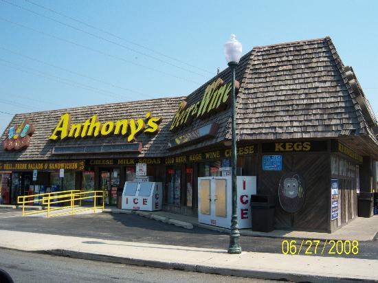 Anthony's Beer and Wine: Anthony's