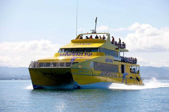 Yasawa Flyer Ferry