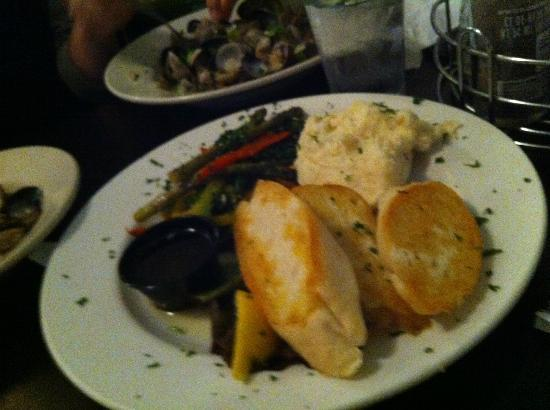 Castaways Seafood Grille 사진
