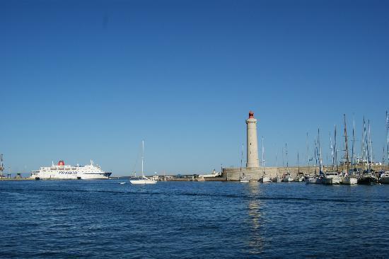 Residence Cap Corniche: le port