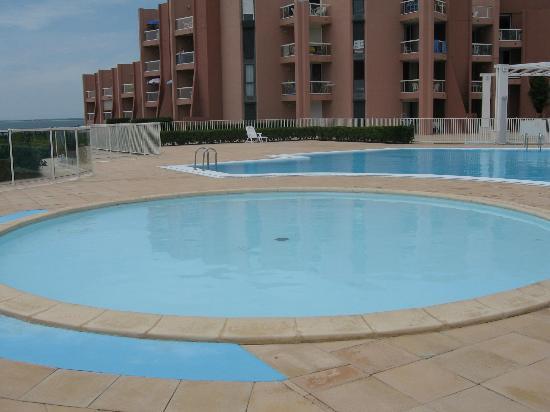 Residence Cap Corniche: la piscine