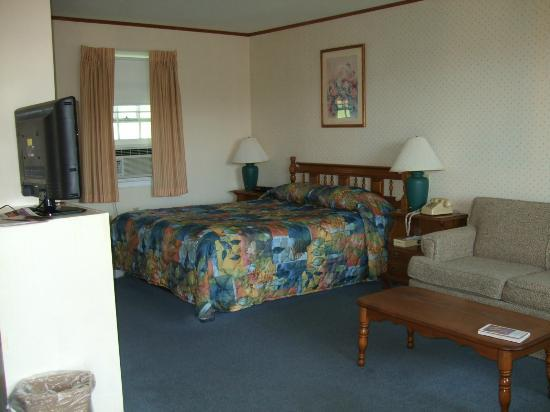 Killington Motel: Bright clean room