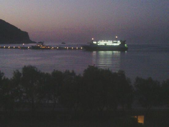 Spitalia Studios: ferry in the evening from our balcony