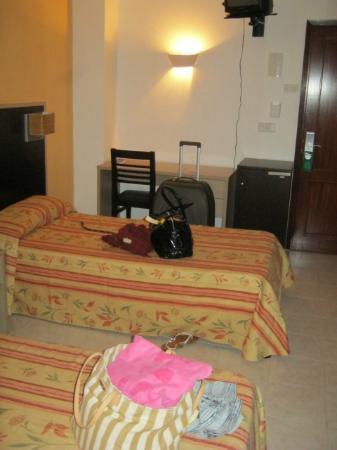 Orosol Hotel: Twin Room