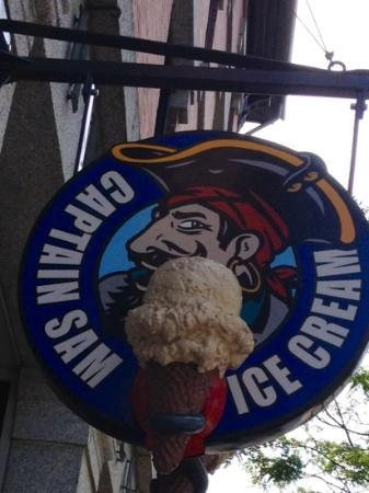 Captain Sam's: come and get it! yummy homemade ice cream