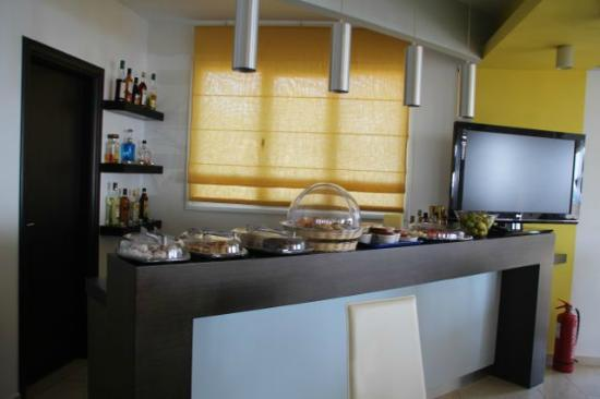 Kythera Irida hotel: Pastry bar