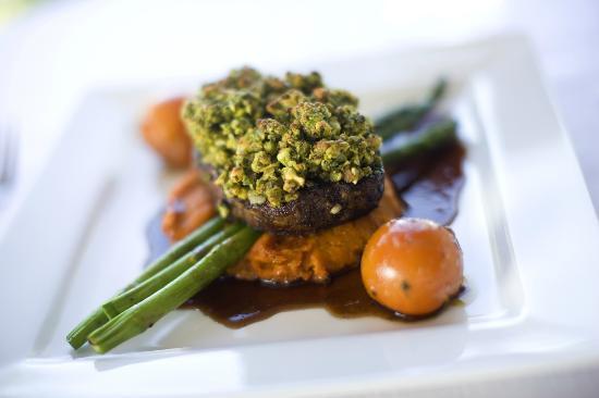 Eimeo Pacific Hotel: Special eye fillet steak