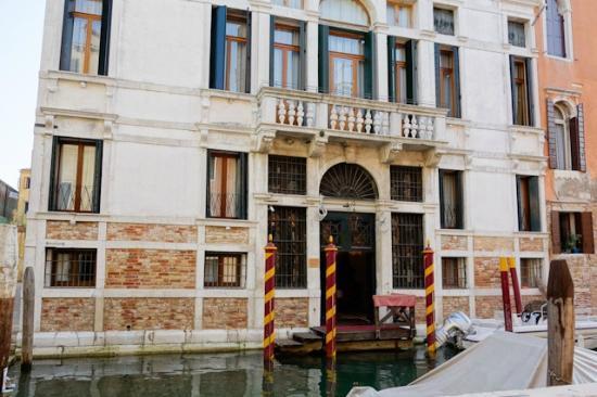 Hotel Palazzo Abadessa: The Water Gate