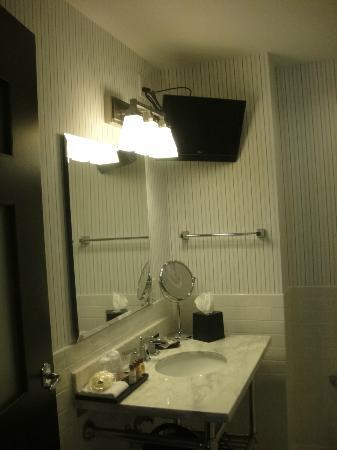 Sheraton Columbia Downtown Hotel: Bathroom