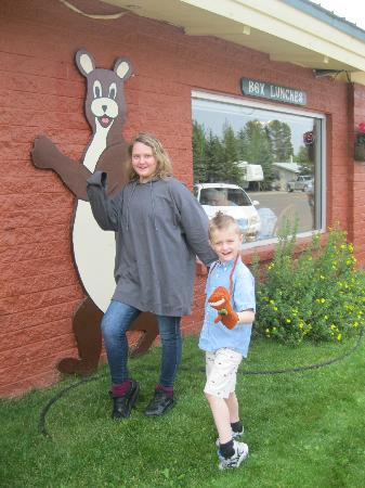 Running Bear Pancake House : Oh Oh Do The running Bear!