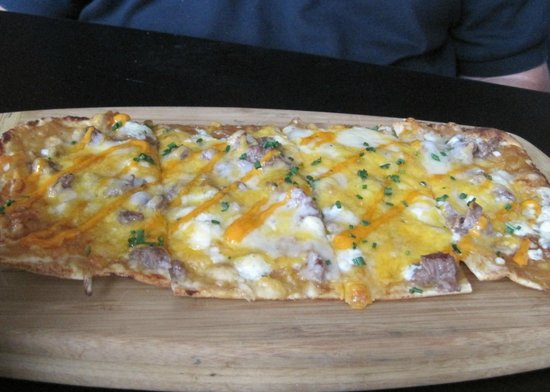 The Y.B.: Flatbread appetizer