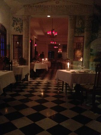 Restaurant Aaron interior