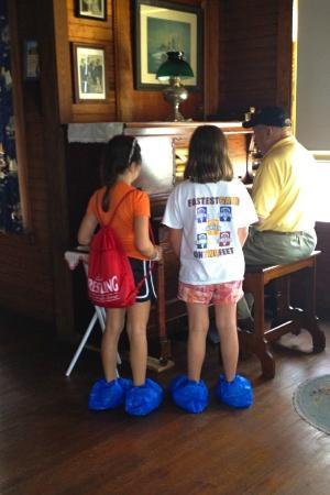 Eagle Island State Park: Volunteer rocks the house with the player piano...