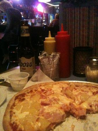 Carlee's Place: View from booth to bar - Hawaiian Pizza!