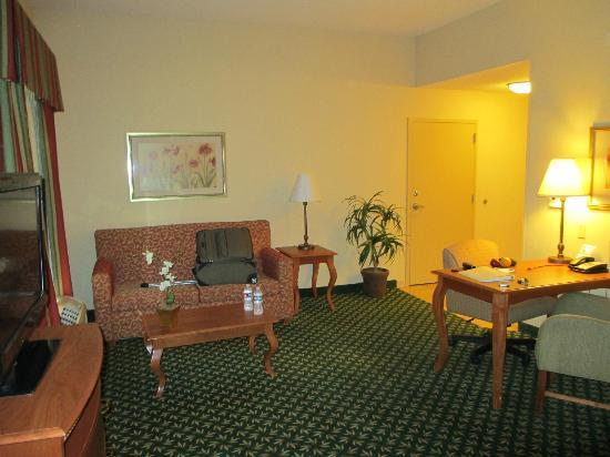 Hampton Inn & Suites Tulare: Bed room