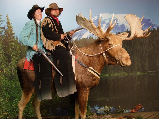 Big Sky Rides: Enjoying a moose ride !