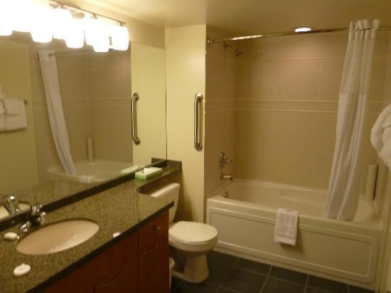 WorldMark The Canadian: Bathroom