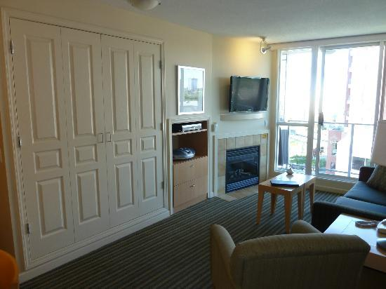 WorldMark Victoria: Another View of the Living Room (with Murphy Bed)