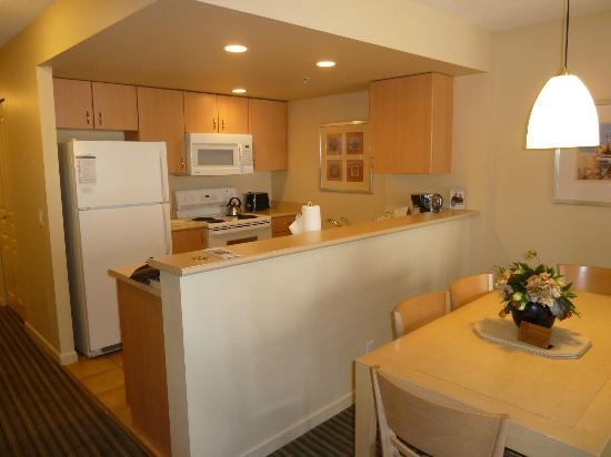 WorldMark Victoria: Kitchen