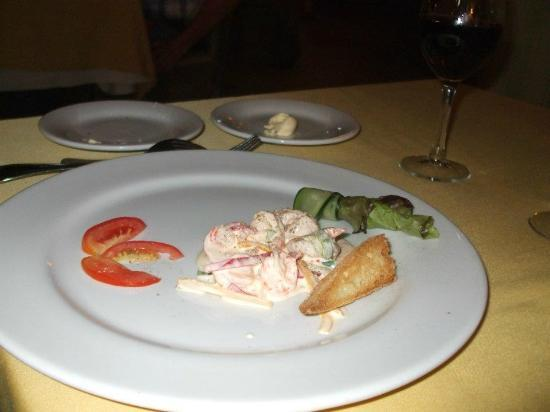 Crown Paradise Golden Resort Puerto Vallarta: shrimp appetizer at the french restaurant, delicious