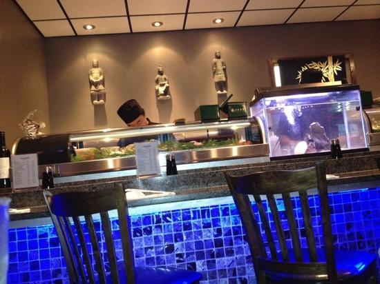 Okinawa: sushi bar