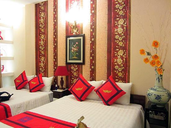 Golden Wings II Hotel: room #401 (Family deluxe)