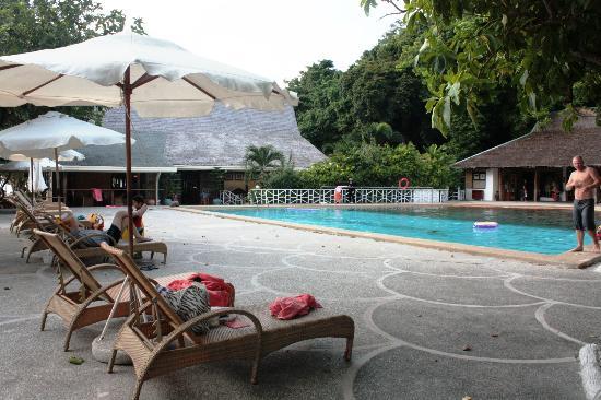 Club Paradise Palawan: pool