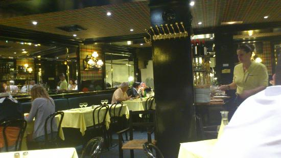L 39 entrecote in the secret sauce picture of l 39 entrecote for Easy cuisine toulouse
