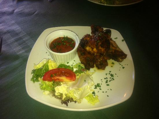 Zacatecas Tex Mex : Chicken wings with spicy sauce