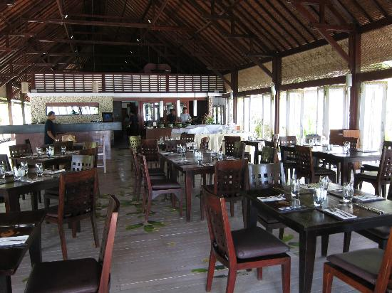 Wakatobi Dive Resort: Dining area