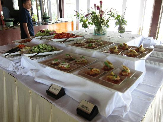 Wakatobi Dive Resort: Lunch starter selection
