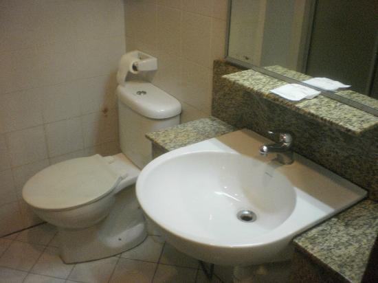 Wira Hotel: Room #605