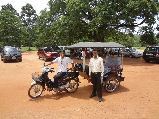 Kakada's Tuk-Tuk : Kakada on the left, and tour guide Panha on the right