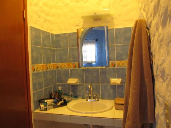Hotel el Moro: Bathroom
