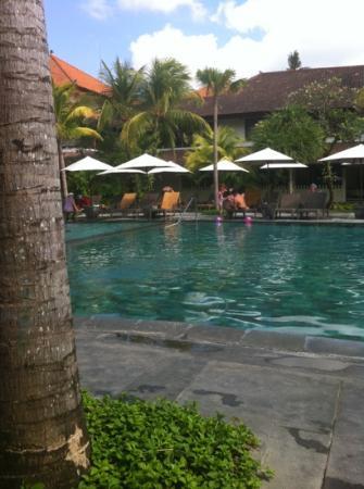 Hotel Santika Premiere Beach Resort Bali: the pool