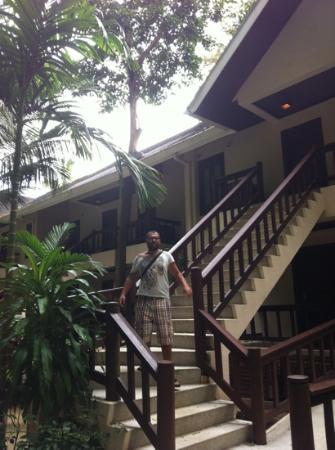 El Nido Resorts Lagen Island: спуск из номера с видом на территорию