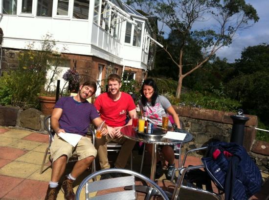 The Western Isles Hotel Restaurant : on the terrace having drinks