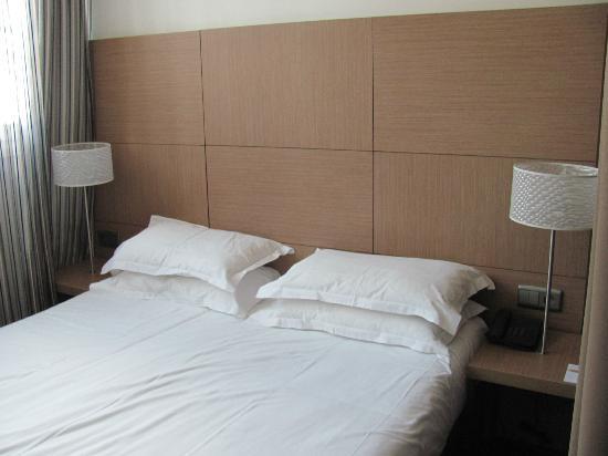 هوتل فيلاثينا: Bed 