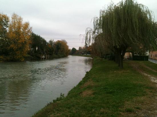Ca' Priuli Dolo : il Brenta dove prospetta la villa