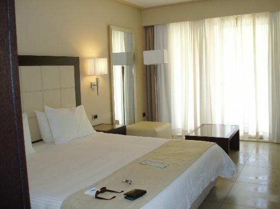 SENSIMAR Grand Mediterraneo Resort & Spa by Atlantica: Room